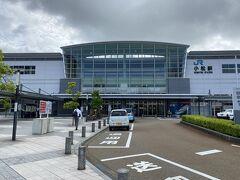 流石に渋滞も無くスムーズに小松駅に到着。 時刻表通りに12分で着きました。