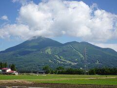 磐梯山を西に見ながら国道459号線を北上。