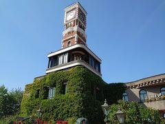着きました!ここへ訪れるたびに時計塔から現れる人形のショー目を引きます。