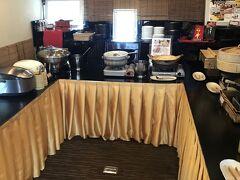 仙台二日目の朝はホテルの朝食バイキングより。 法華クラブ仙台は朝食に力を入れており、東北の郷土のご飯を楽しむことができるのがウリです。
