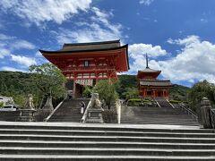 清水寺へ。