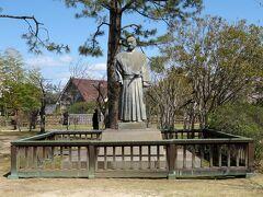 城内には水野勝成の像があります。 福山城を築城し、備後福山藩の祖とも言える人物。