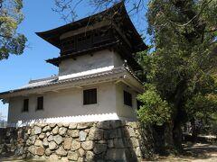 福山市指定の重要文化財の鐘櫓。