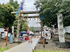 浅草御朱印巡り2日目。 あいにくの雨模様ですが、小雨になってきました。  ホテルからすぐ、浅草寺のお隣(ほぼ境内)の浅草神社からスタートです(^-^)
