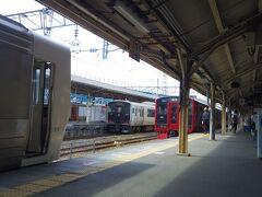 鳥栖駅で区快に乗り換え。 (写真見ると車両を増結してたのだろうか。)