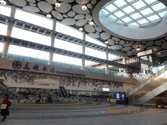 台鉄高雄車駅は工事も終わってきれいになってました。