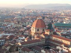 サン・ロレンツォ聖堂(Basilica di San Lorenzo)を 直下に望めます