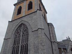 聖ポール大聖堂  こちらもまだ朝早いので外観のみで、後日入場します。