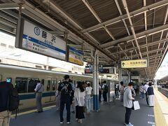 東海道線藤沢から小田急に乗り換えて 流石に天気良い週末、人は出てますね
