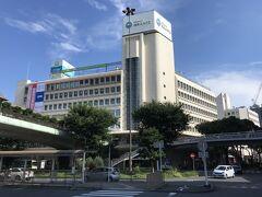 ちょっと隣り 江ノ電駅の小田急湘南GATEへ