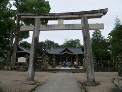 階段を上がっていくと松江城天守閣もあったけどまずは横にある松江神社へ。