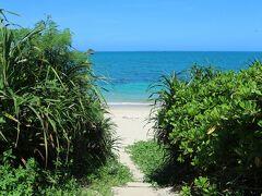 ムルク浜ビーチへ