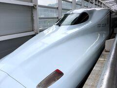 近くのカフェで休んだあと、新幹線で一路熊本へ。