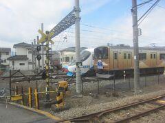 河口湖駅に隣接する富士急行線の留置線  奥には元小田急20000形(特急あさぎり)のフジサン特急