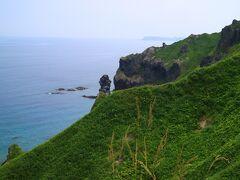 島武意海岸の方向