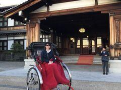 奈良ホテル前うぃ出発