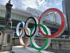 日本橋とオリンピックシンボルマーク 警備員さんが警備していました。横浜はいなかったけどな。