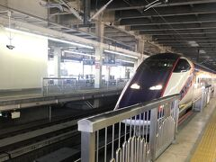 大宮駅9時47分発のつばさで一路米沢駅へ。