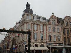 マルテラーレン広場に面した建物  こちらにもホテルが入っているようです。