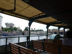 ディズニーシー・トランジット・スチーマーラインに乗ってロストリバーデルタへ。 船内アナウンスが、リニューアルされています。