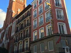 ホテル プラサ マヨール B&B Hotel Madrid Centro Plaza Mayor  今回のマドリードの宿泊のホテル。 プエルタ デル ソル(太陽の門広場)から近く、さらに、マヨール広場にも近い。