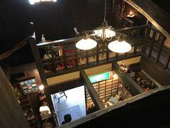 ブラブラしてたら11時過ぎ 混まないうちに、お昼食べましょ 観光マップ見て 長浜の郷土料理「焼鯖そうめん」で有名なお店「翼果楼」=よかろう 古い素敵な建物です