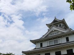 まだ時間はたっぷり 長浜城へ行ってみよう お城は我が故郷の姫路城が一番ですけど~ 時間つぶしに(笑)
