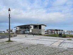 まずは門司港からスタート  7:10 の船で下関唐戸港へ