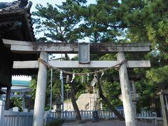 八百富神社。こちらは竹島ではなく、本土??にある八百富神社です。 昔は橋がなかったので、こちらにお参りしたそうです。