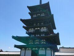 「薬師寺」 今年解体修理が終わった国宝の東塔