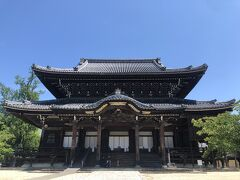 とても立派なお寺です