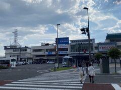 松本駅16:25着。