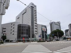 ツアーの集合場所は富山エクセルホテル東急のロビーになります。