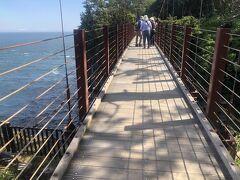 門脇吊橋、けっこう揺れます、揺らせます。