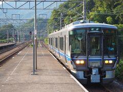 さて、帰路は北陸本線で米原へと戻ります。敦賀から近江塩津、長浜と2回列車を乗り継ぎました。。