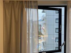 ホテルの窓が開くのGOOD