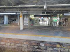 07:39 中津川駅に到着。ここで松本行に乗り換えます。