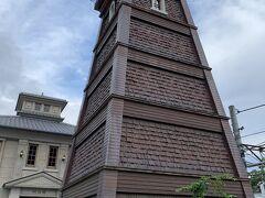 鐘楼??川越にあるような時の鐘? 定期的に鳴るのかしら??と思っていたら。。。