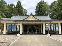 福井護国神社へ到着。  今日は6/30、水無月・夏越大祓の日です。