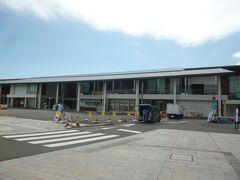 本日5日目最終日は呉市から宮島へ向かいます。約1時間半で宮島口に到着です。車は周辺の民営駐車場にとめてフェリーで宮島にわたります。