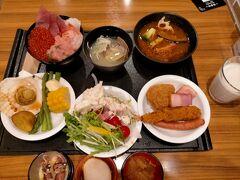 ご当地料理がふんだんに出るドーミーインの朝食 札幌も予想にたがわず豪華でした。