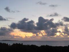 6:00 朝日を見る為に散歩します。