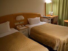 さて、本日は品川プリンスホテル。  というと、それなりのホテルかなーと思いましたが。 ふつーのビジホでしたw お安い部屋だから仕方ないですが。