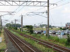 2021.07.23 恵み野 千歳から4駅、恵み野で降りた。白石側は順光ストレートである。ここで北の大地の列車たちをしばらく眺めようという算段である。