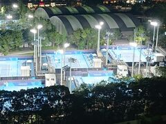 テニスの試合会場、やっと選手意見が通り、午後15時開催に!