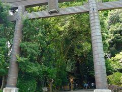 https://4travel.jp/travelogue/11703960 より  13時頃高千穂神社到着 天ヶ瀬温泉の山荘天水を出発して、そらいろのたねでパンを買って、瀬の本高原で給油約2時間30分。 熊本の道は景色よくて好きなのですが、産山村くらいから高千穂の1時間くらいは景色も同じで遠かった…