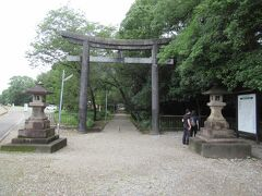 次は江田神社です