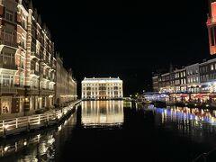 最後の夜は日航ハウステンボスに宿泊、チェックイン後また夜の夜景を見に出かけます。