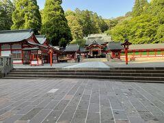 霧島神社に寄りました。中々立派ですね。