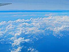 鹿児島空港へ JAL649便    70/   5